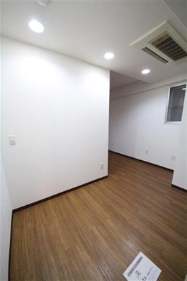 【洋室】アーバンフラッツ瓦町