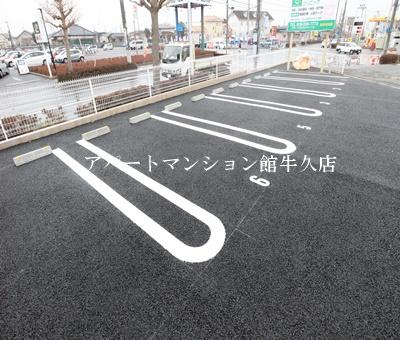 【駐車場】ミ・ルーチェ