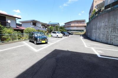 【駐車場】高塚増田ハイツ