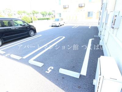 【駐車場】ノートル・レーヴD