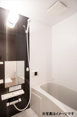 メゾン・ド新検見川の浴室