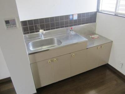 【キッチン】アルバートパークA棟