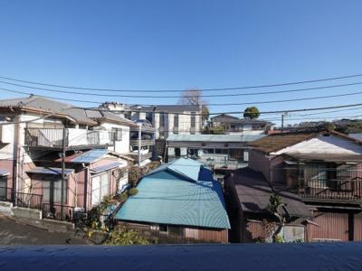 バルコニーからの眺望・北東向きです。(2階の写真です)