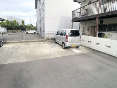 【駐車場】STTマンション