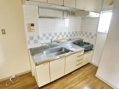 【キッチン】STTマンション