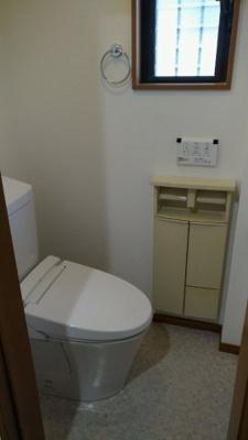トイレ2カ所あります♪洗浄機能付き便座!