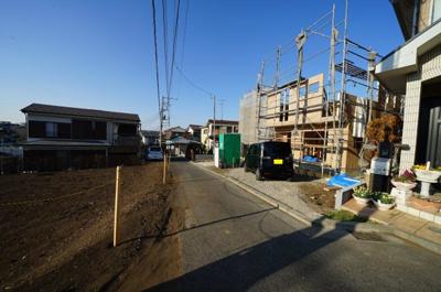 【前面道路含む現地写真】保土ヶ谷区仏向町 全2棟新築戸建【成約済】