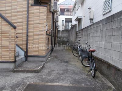 シャトー新大塚の駐輪スペース☆