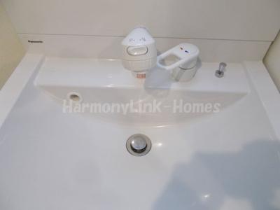 ハーモニーテラス加平の独立洗面台、朝の身支度には欠かせません☆