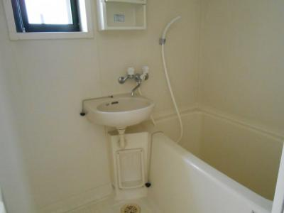 【浴室】ファミール芹沢