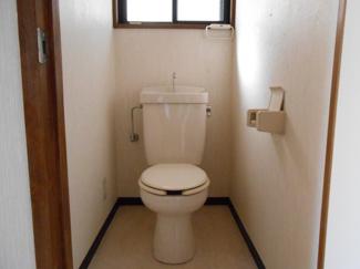 【トイレ】ファミール芹沢