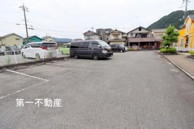 【駐車場】クインシー5