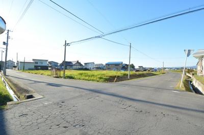 【前面道路含む現地写真】黒石市上十川土地A