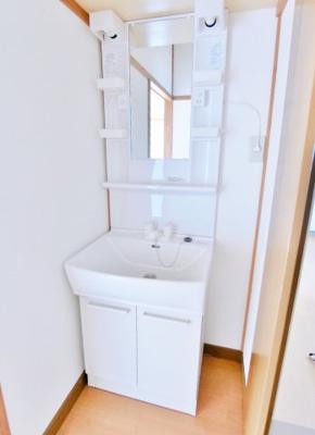 【独立洗面台】アパートマキ