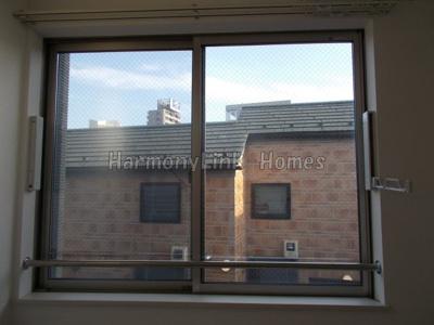 LALA FLATの窓(別部屋参考写真)☆