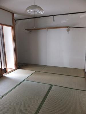 【居間・リビング】坪井町テラスハウス(長屋)