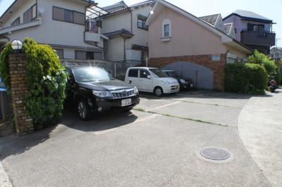【駐車場】ルミノーゼ星田(事務所)