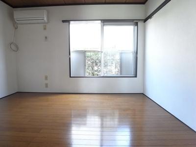 陽当たりも良く明るいお部屋です!