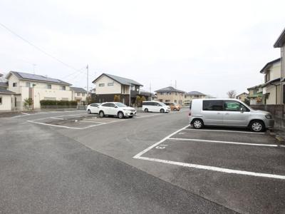 【周辺】第4グリーン駐車場