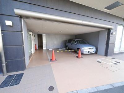 【駐車場】アンベルジュ