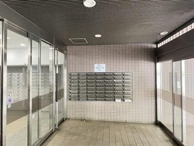 【エントランス】リバーウエストC館 6階 78㎡ リ ノベーション済