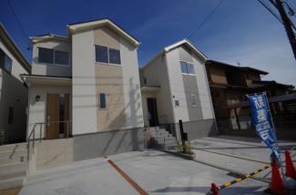 2号棟 現地(2019年6月)撮影 堂々完成しました!即入居できます! 敷地面積131㎡(39.62坪)。 駐車並列2台可能です。