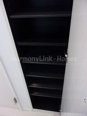 ハーモニーテラス大谷田のシューズボックス(横に二足入りそう)②☆