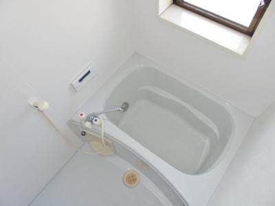追い焚き・浴室乾燥機つき