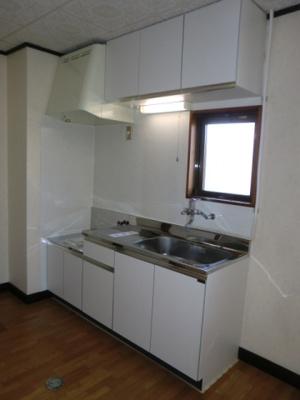 ガスコンロ設置可能の広々キッチン!都市ガス物件です♪