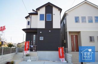 4号棟 現地(2019年2月)撮影 堂々完成しました!即入居可能♪ 土地面積137.64㎡(41.63坪・仮換地面積)。 駐車並列2台可能。