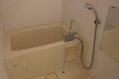 【浴室】メゾン・ラ・ミュー