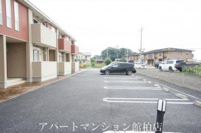 【駐車場】カーサ大井C