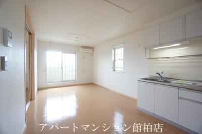【居間・リビング】カーサ大井C
