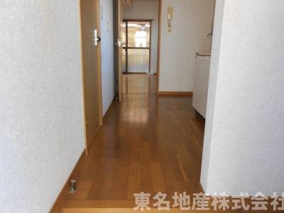 【玄関】フォーレストメグII
