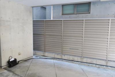 Fビル 1F・外壁