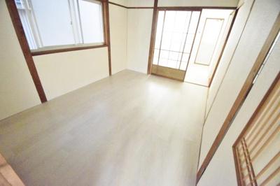 【洋室】安堂町貸家