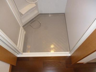 グレースクレールのシンプルで使いやすいシャワールームです☆