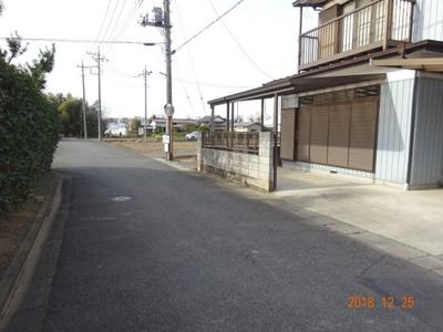 【前面道路含む現地写真】鴻巣市赤城 売地(専属・更地渡し)