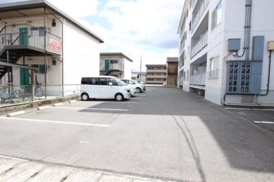 【駐車場】ピュア田中