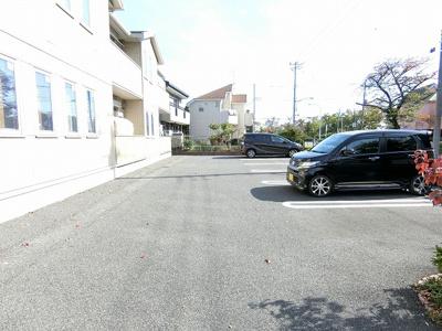 【駐車場】スカイドミール