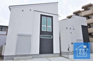 2号棟 現地(2019年7月)撮影 堂々完成しました!即入居可♪ 敷地面積149.01㎡(45.07坪)。 駐車3台可能。