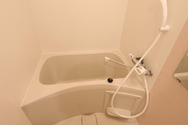【浴室】クレイノミオラヴィラ