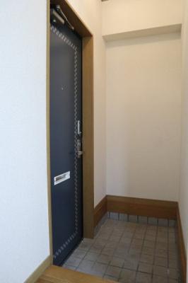 【玄関】ひよどり住宅