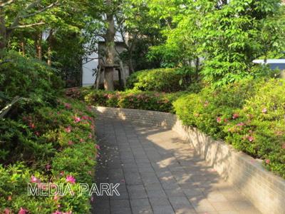 【エントランス】ガーデンハイム3