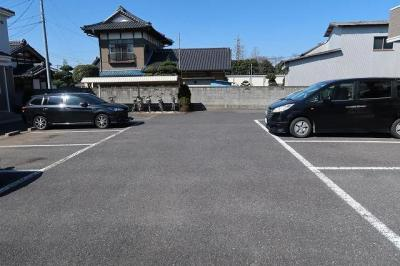 【駐車場】メゾン・デュ・プラーナ B