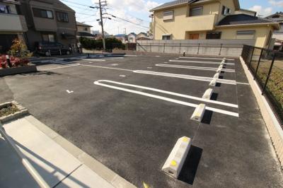 クレイノマルイチ曙川月極駐車場
