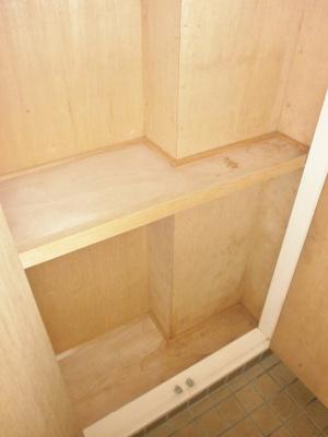 収納のためのスペースです。ロイヤルヒルズ石室
