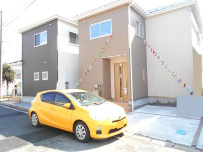 前面道路含む現地写真です。2399から2299万円に価格変更です。