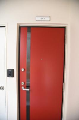 【玄関】メイプルハウス寄宮