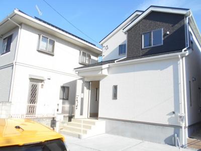 物件の外観です。2号棟らすと1棟。1780から1680万円に価格変更です。